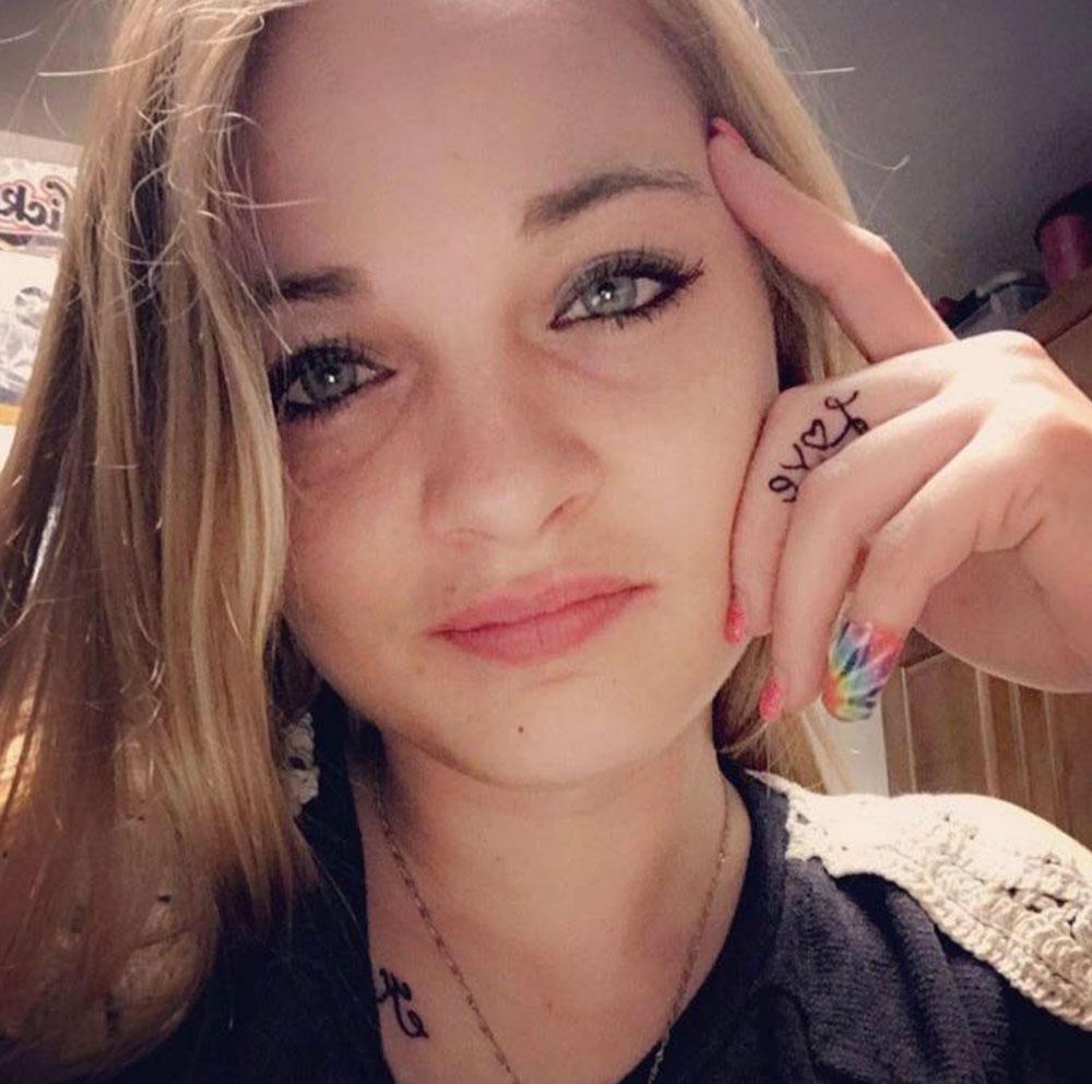 Sara Stickles: 28-year-old has brain aneurysm, dead five days after second Pfizer mRNA shot