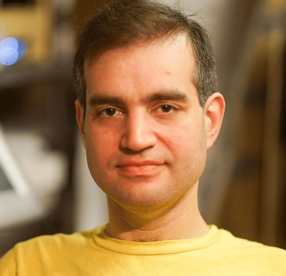 "Dan Kaminsky: 42-year-old cybersecurity expert dead 11 days after second Pfizer ""vaxxed"" tweet"