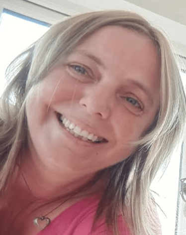 """Louise Harrison: Brunei woman suffers convulsions, partial paralysis, """"pins and needles"""" after second AstraZeneca injection; doctors say it's hormonal issues"""